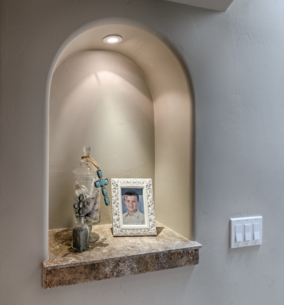 Furniture-Style-&-Staging-Alcove