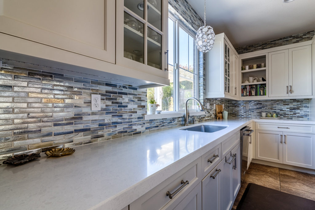 Kitchen-Design-mosaic-backsplash