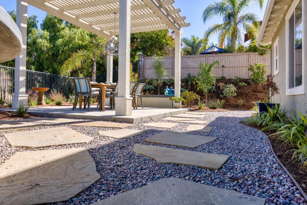 Lanscape-Design-paver-stones