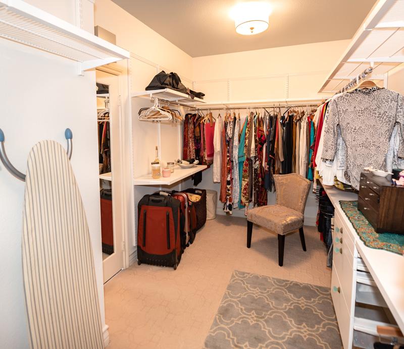 Master-Closet-Luxury
