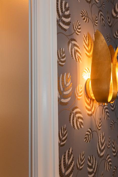 Door-trim-and-accent-light