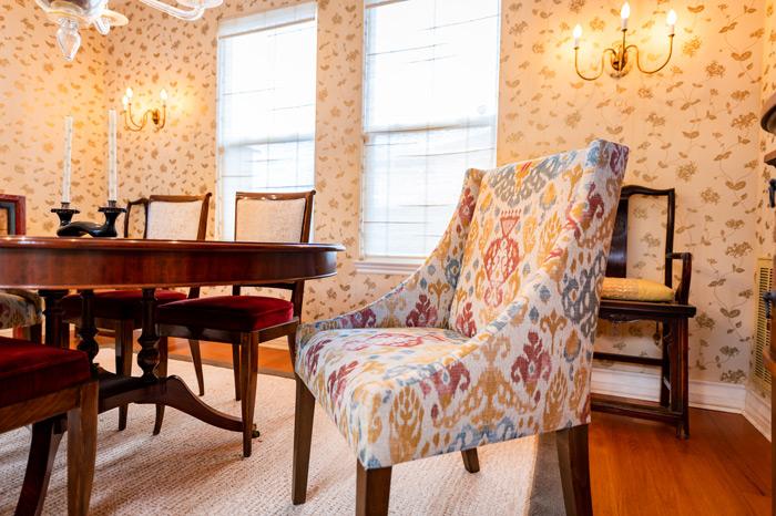 formal-dinning-room